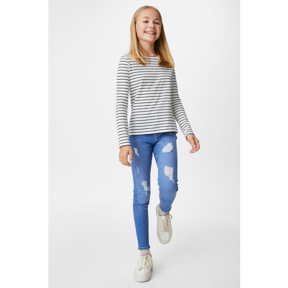 Skinny Jeans - wassersparend produziert